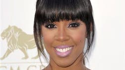 Simon Cowell has added former Destiny's Child singer Kelly Rowland and Latin artist Paulina Rubio to the cast of his competition show The X Factor.