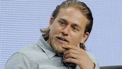 Filmmakers are being criticized for casting Charlie Hunnam as Texas-born, Mexican-American drug lord Edgar Valdez Villarreal, the only American arrested for running a Mexican drug cartel, because Hunnam is white, and Villareal was of mixed descent.