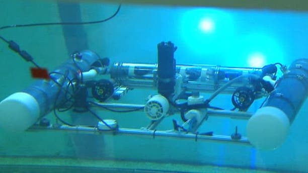 American students developing underwater drones to hunt for explosives