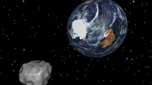 Huge asteroid to fly safely by Earth Monday