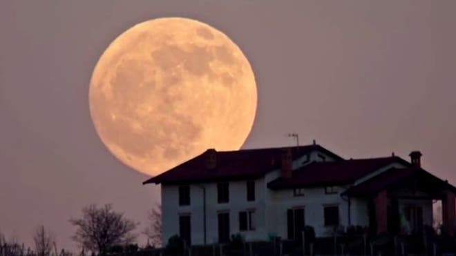 031212_newscore_supermoon3_640.jpg