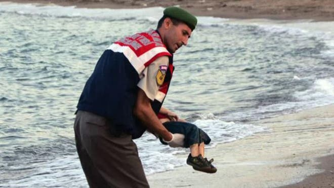A tragic image of a drowned toddler who washed up on a beach in one of Turkey's most popular resorts went viral Wednesday, highlighting the plight of migrants trying to flee Africa and the Middle East in hopes of a better life in Europe.
