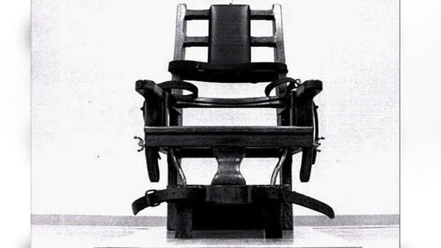 in favor of electrocution over lethal injection South carolina executes man in electric chair reuters inmate in south carolina in more than four years to choose electrocution over lethal injection.