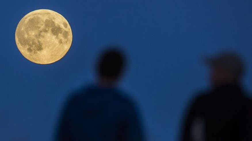 RARE SIGHT IN THE SKY: Stargazers to be treated with supermoon eclipse