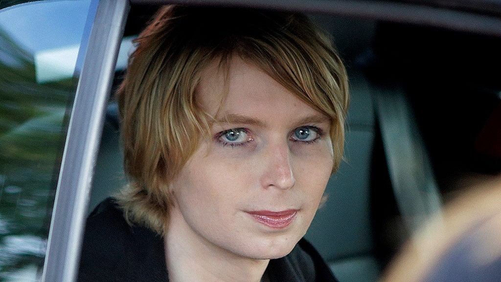 Harvard faculty, alumni in revolt over Manning, Jones snubs