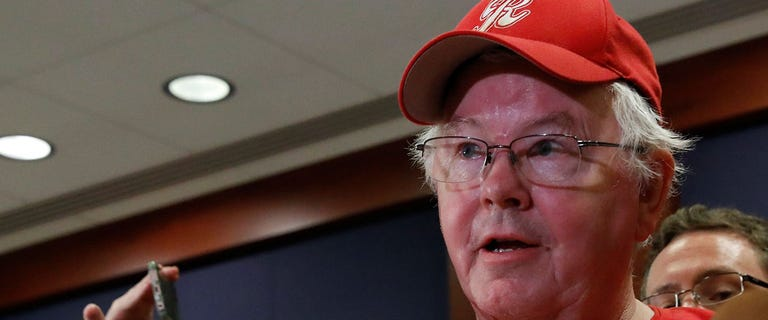 Joe Barton told woman he'd tell police if she shared explicit photos and messages, report says