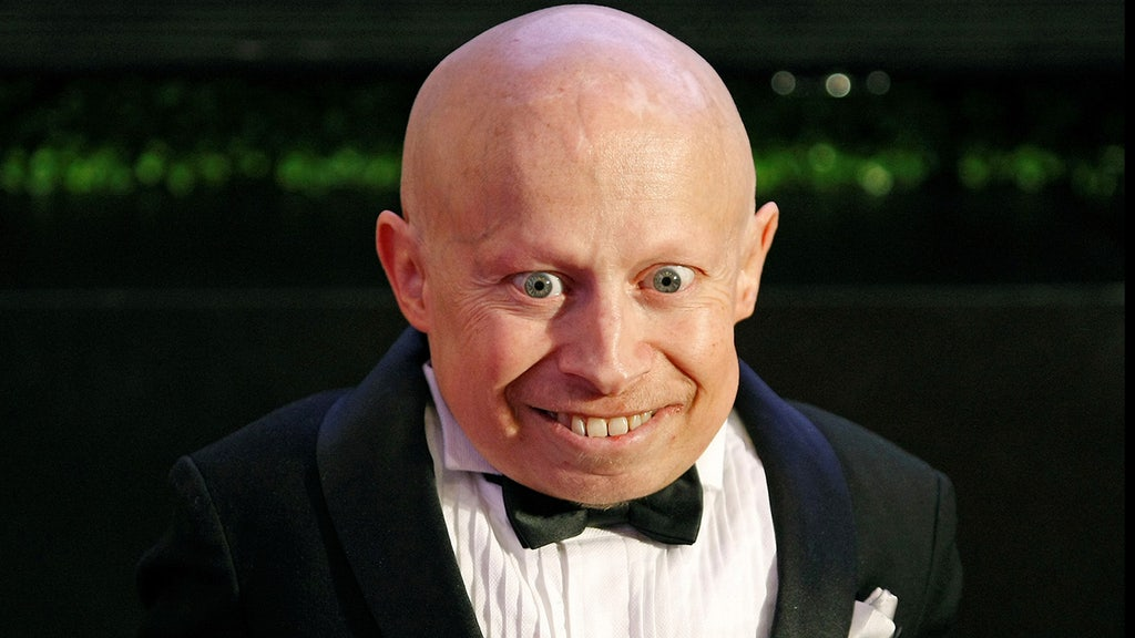 Verne Troyer, star in Austin Powers films, dead at 49