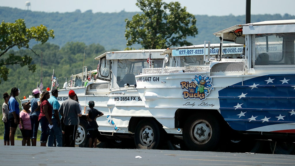 Doomed Missouri duck boat set out in near-hurricane winds, NTSB reveals