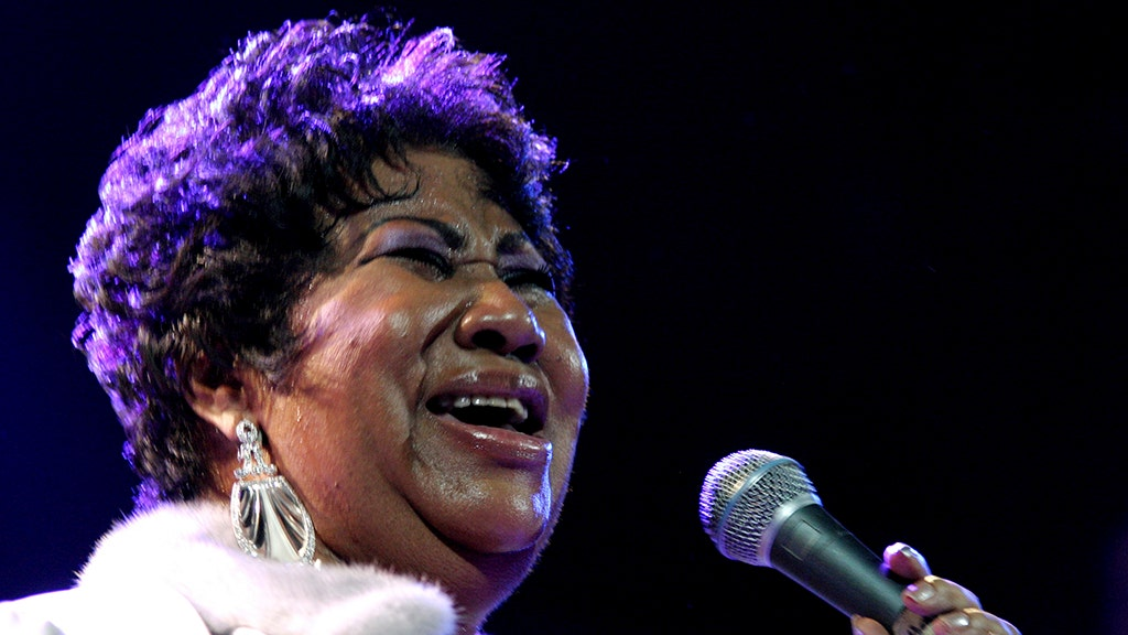 PICTURES: The life and career of beloved superstar Aretha Franklin