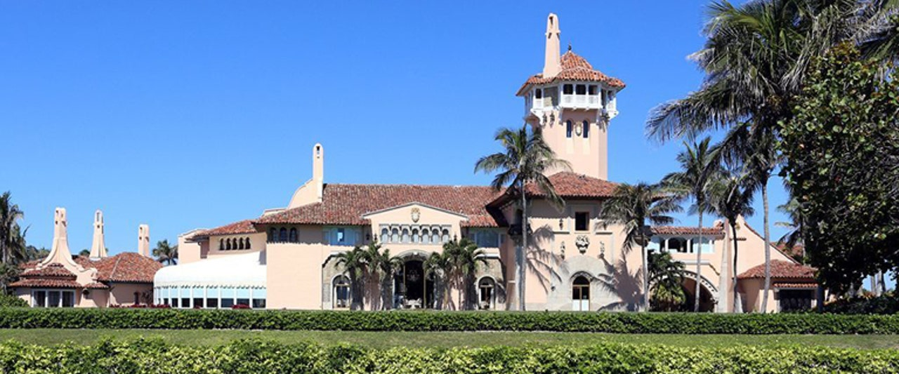 Woman arrested at Mar-a-Lago Club with 2 Chinese passports, malware, conflicting stories, feds say