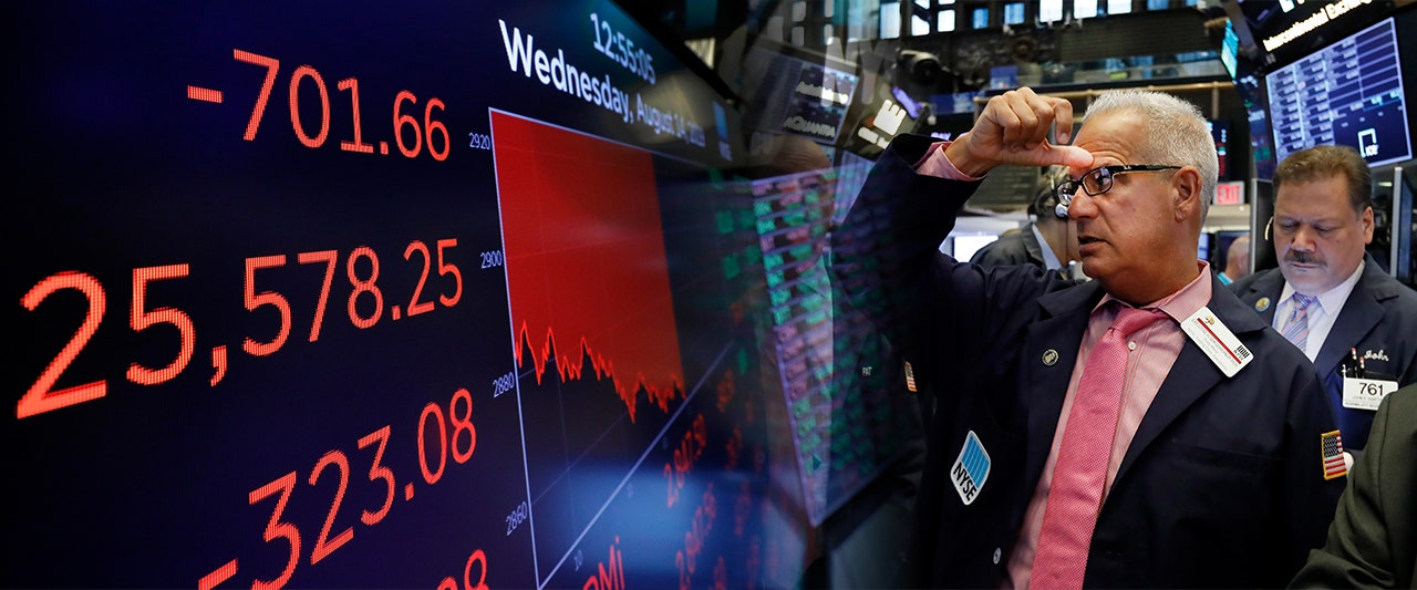 Dow plummets 800, one of the largest daily point drops on record, as recession fears hit fever pitch