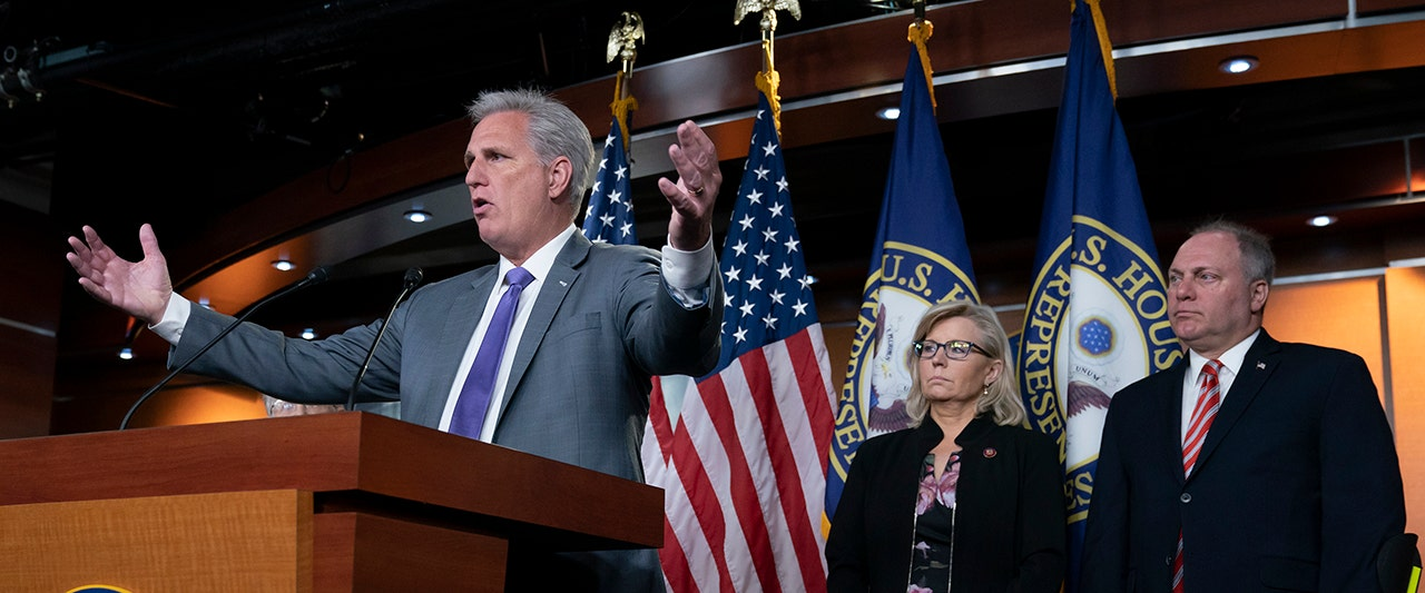 McCarthy calls on Pelosi to suspend Trump impeachment inquiry, accuses her of 'recklessness'