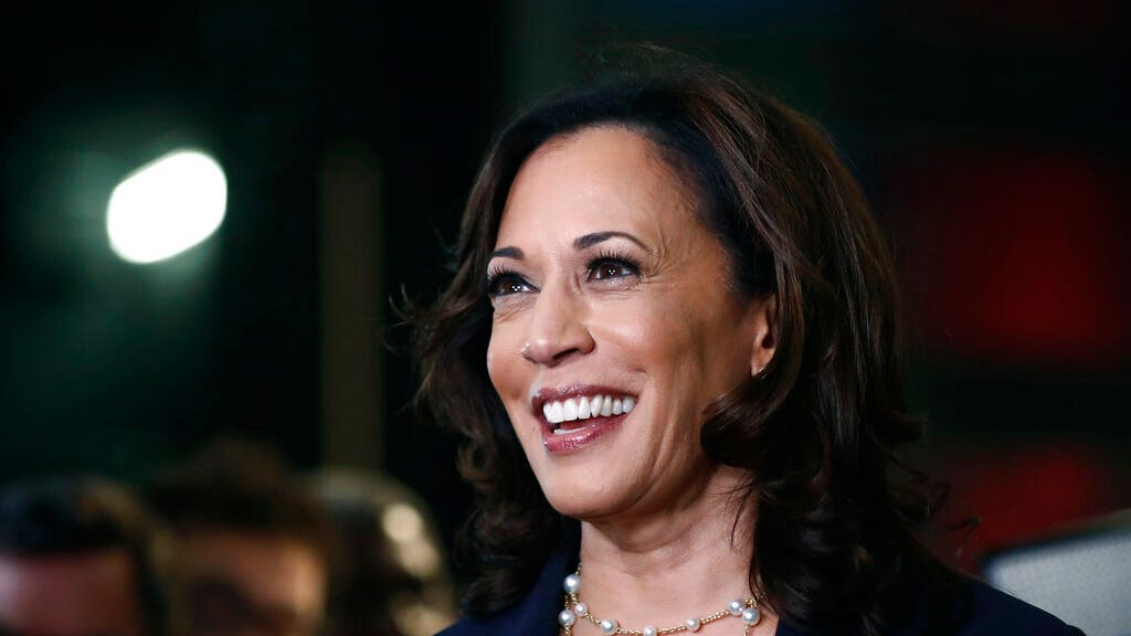 TOM DEL BECCARO: Kamala Harris loves the limelight