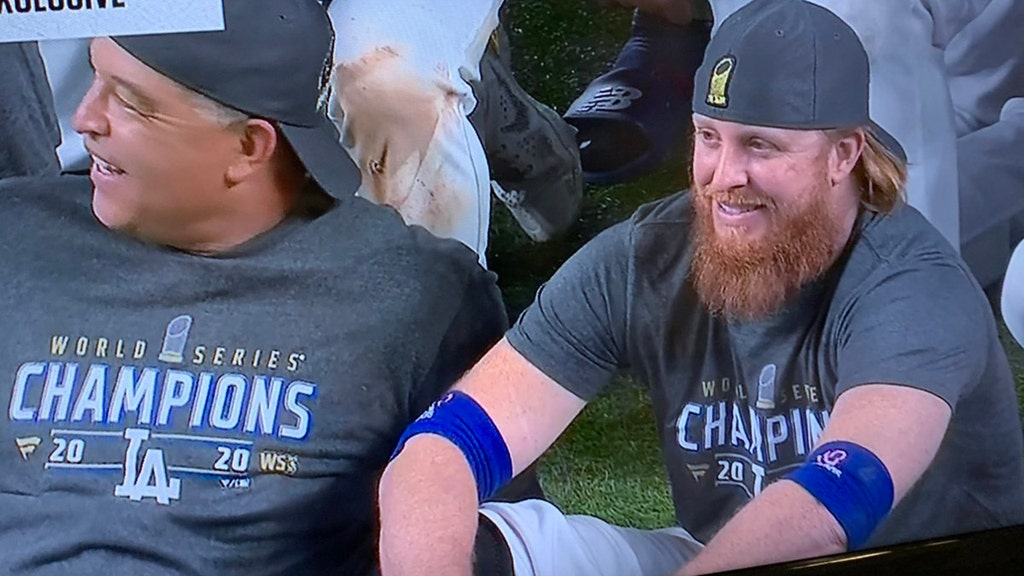Dodgers' star celebrates WS win after COVID-19 diagnosis