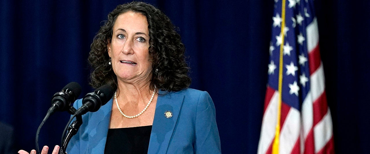Judge: Pa. sec. of state overstepped authority by changing election deadline