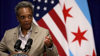 Chicago mayor orders teachers return to classrooms tomorrow as union tensions boil over