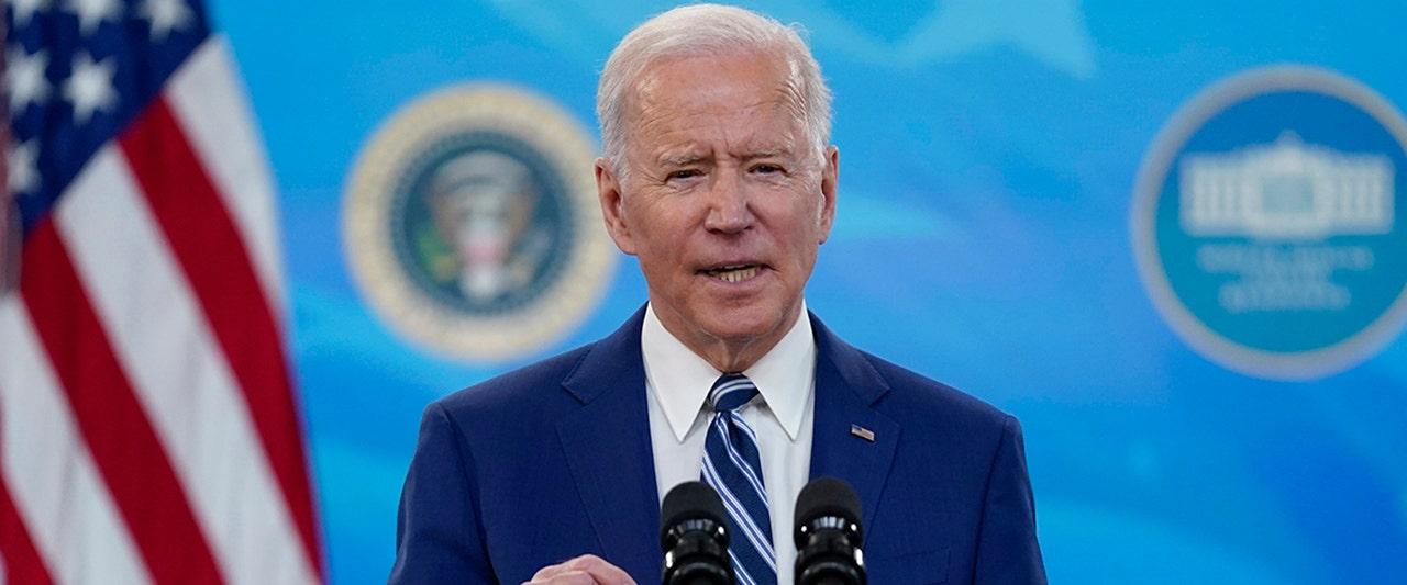 Mixed COVID messages sent as Biden touts vaccine progress, CDC director warns of 'impending doom'