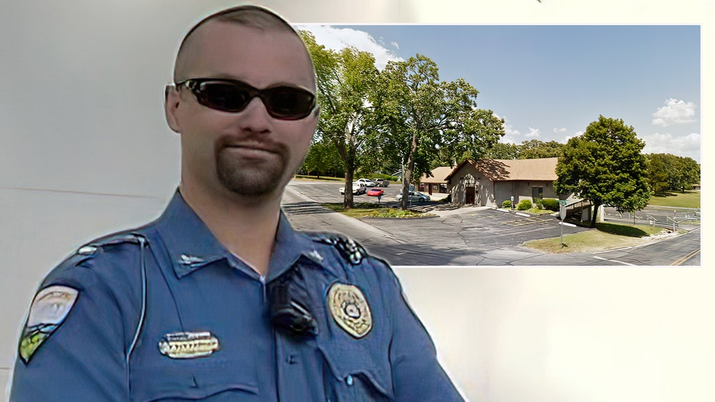 Missouri city police chief 'unexpectedly' resigns along with every single officer