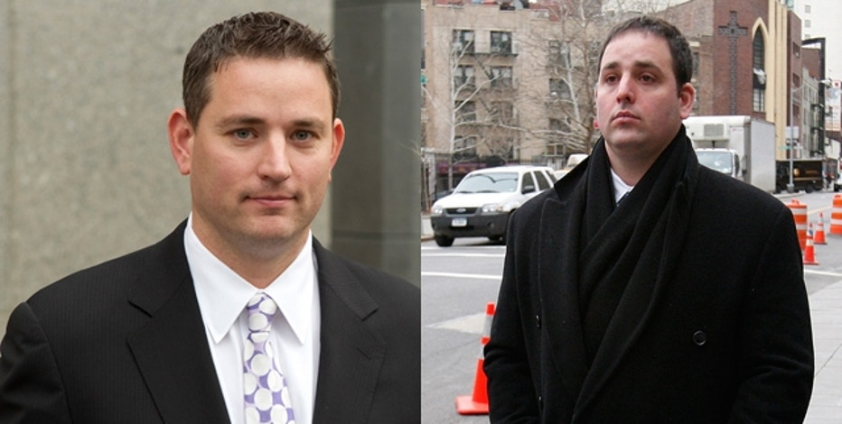 Brothers Zvi Goffer (l) and Emanuel Goffer (r) leaving the Manhattan Federal Court in New York City.