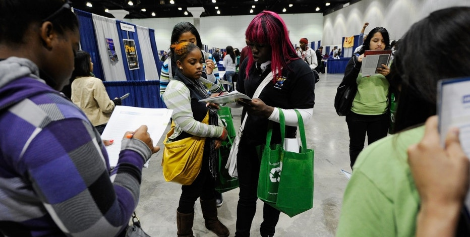 DECEMBER 08: Cash for College organized by the California Student Aid Commission provides financial aid and college preparation workshops for low income Calfornia residents as well as an exhibit hall full of college and career representatives.  (Photo by Kevork Djansezian/Getty Images)