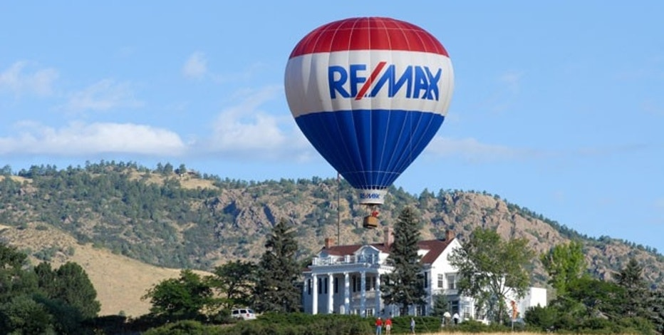 RE/MAX HOLDINGS