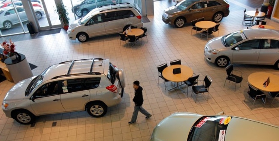what to know about financing your car through an auto dealership fox business. Black Bedroom Furniture Sets. Home Design Ideas