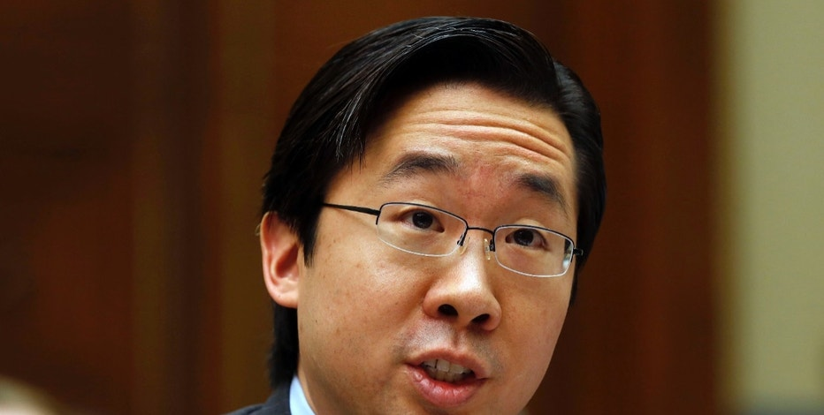 "U.S. Chief Technology Officer at The White House Office of Science and Technology Policy Todd Park testifies before the House Oversight and Government Reform Committee hearing on ""ObamaCare"" implementation on Capitol Hill in Washington, November 13, 2013.   REUTERS/Larry Downing   (UNITED STATES - Tags: POLITICS HEALTH SCIENCE TECHNOLOGY)"