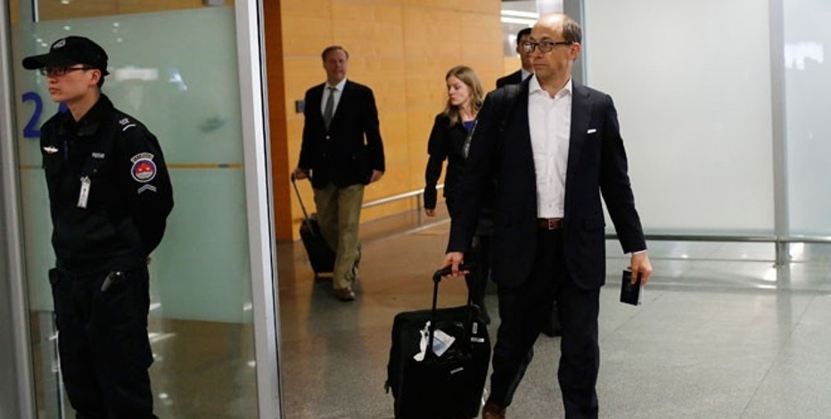 Twitter CEO Dick Costolo arrives at the Shanghai Pudong Airport in Shanghai, March 17, 2014.