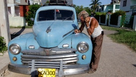 Verizon First to Offer Cellphone Roaming in Cuba