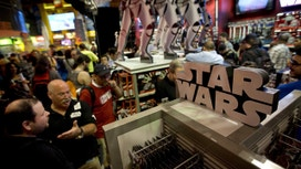 'Star Wars' Mania a Jolly Sign for Toy Makers