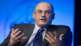Hedge Fund Billionaire Steve Cohen Can Manage Money in 2018: SEC