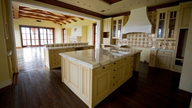 average cost to remodel kitchen 1562