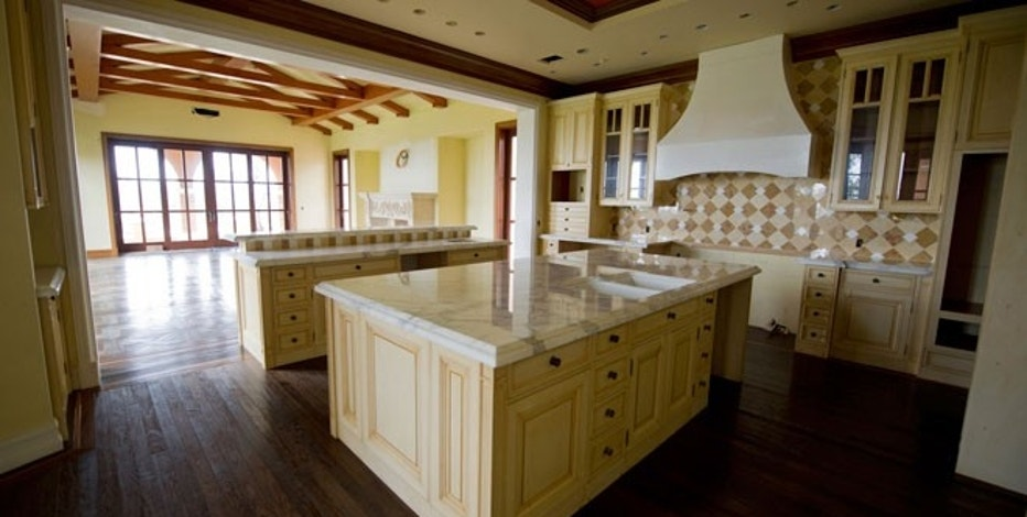 The average cost to remodel a kitchen fox business for Cost of renovation of kitchen
