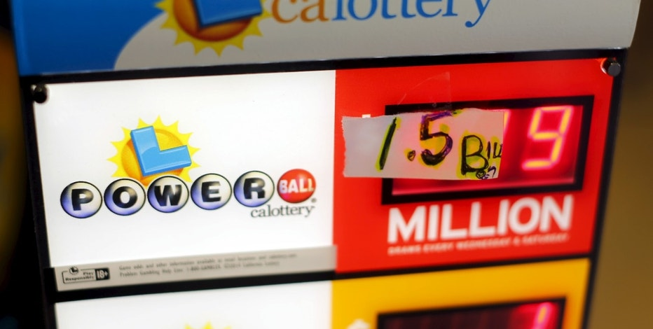 A handwritten sign is seen taped over electronic numbers on a Powerball sign at a corner store in San Diego, California January 13, 2016. The jackpot in the Powerball lottery, already the largest ever payout in North American history, continued to climb, hitting an estimated 1.5 billion dollars.REUTERS/Mike Blake       TPX IMAGES OF THE DAY      - RTX229SQ