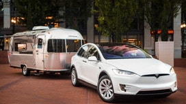 Tesla Hits the Road with a Pop-Up Store