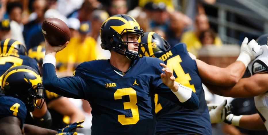 Sep 10, 2016; Ann Arbor, MI, USA; Michigan Wolverines quarterback Wilton Speight (3) passes in the second half against the UCF Knights at Michigan Stadium. Michigan won 51-14. Mandatory Credit: Rick Osentoski-USA TODAY Sports - RTSN5NQ