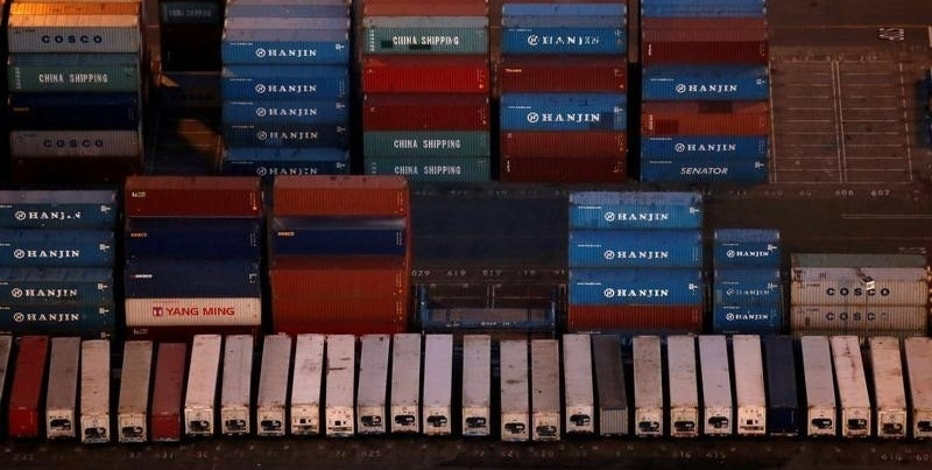 Hanjin Shipping Co shipping containers are seen at the Port of Long Beach, California, U.S. on September 8, 2016. REUTERS/Lucy Nicholson/File Photo