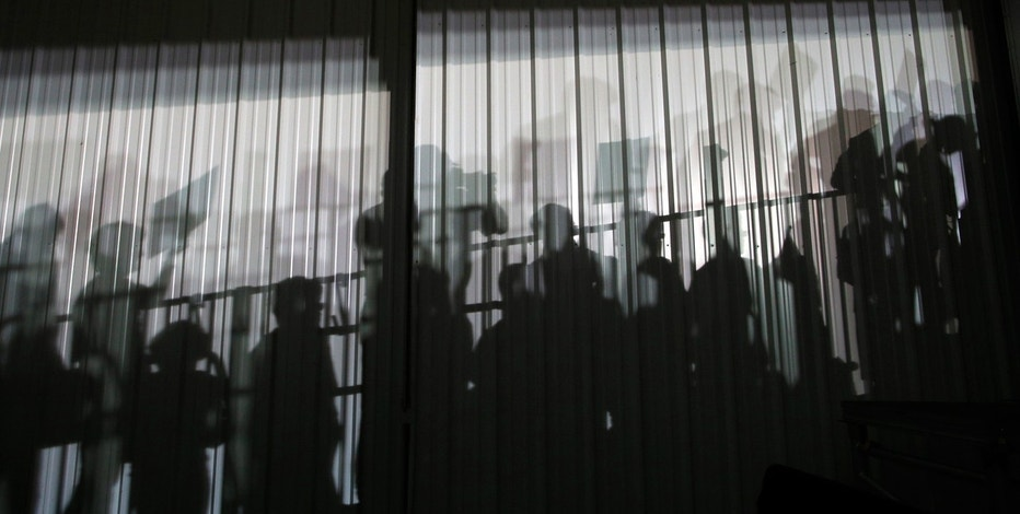 people, commuters, commute, jobs, shadow, shadows
