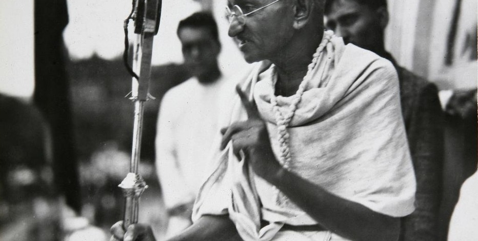 FILE - In this file photo dated 1931, Mahatma Gandhi talks to a crowd in India.  The Indian independence leader who is considered one of history's great champions of non-violent struggle, Gandhi was nominated for the Nobel Peace Prize five times, but never won the honor.  Nobel Prizes cannot be changed or revoked, so the judges must put a lot of thought into their selections, with this year's awards due to be announced over the next two weeks. (AP Photo/James A. Mills, FILE)