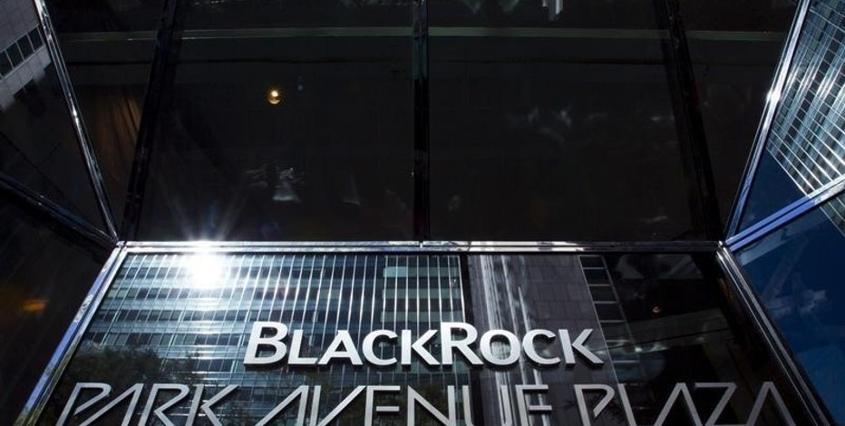 The BlackRock sign is pictured in the Manhattan borough of New York, in this October 11, 2015 file photo.  REUTERS/Eduardo Munoz/Files