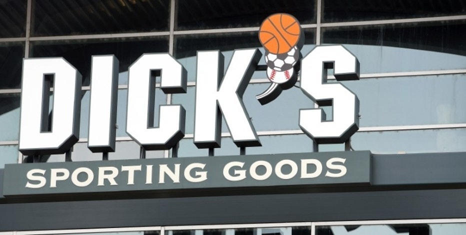 The Dick's Sporting Goods store in Broomfield, Colorado, U.S. is seen November 18, 2014.  REUTERS/Rick Wilking/File Photo
