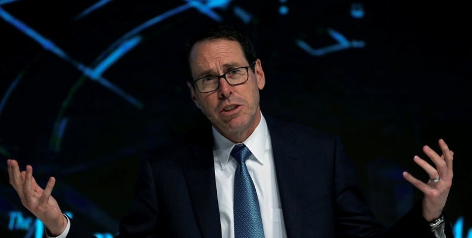 "Chairman and CEO of AT&T Randall Stephenson speaks at the ""What's Next?"" conference in Chicago, Illinois, U.S., October 4, 2016.    REUTERS/Jim Young"