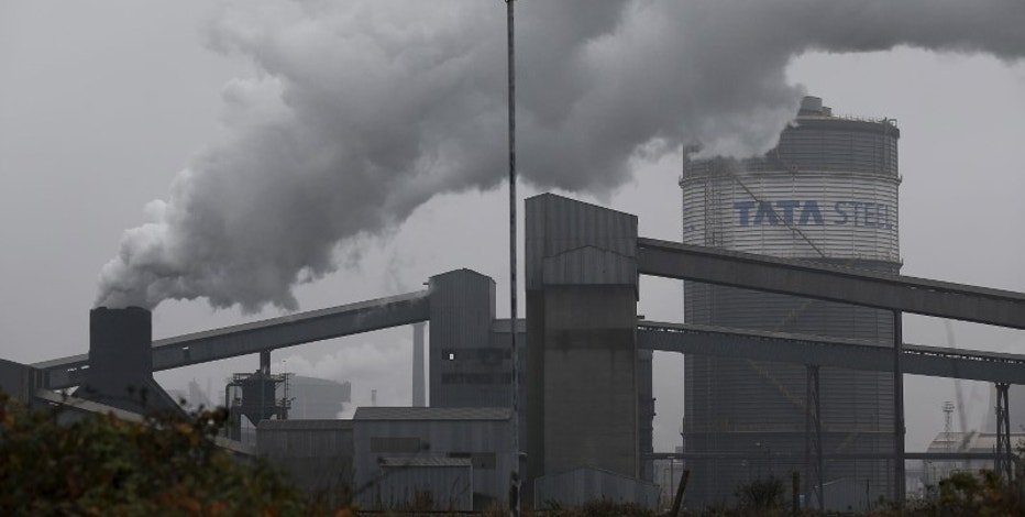 A general view shows the Tata Steel works in Scunthorpe, northern England, October 27, 2015. Picture taken October 27, 2015.   REUTERS/Andrew Yates