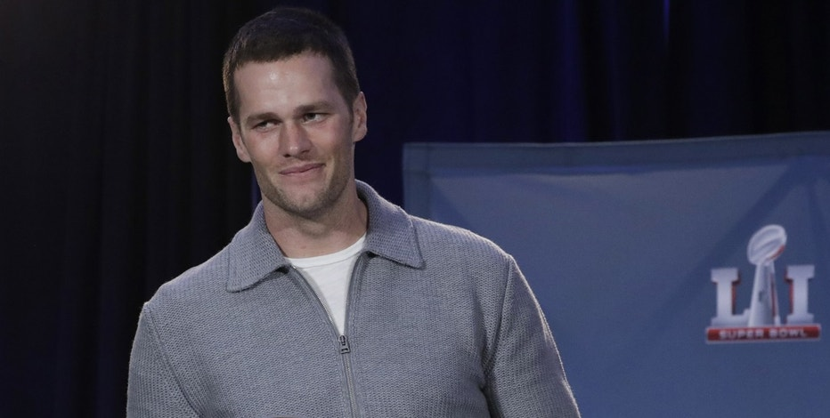 Brady's response to teammates snubbing Trump: 'That's their choice'