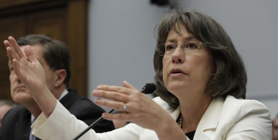 "Former FDIC director Sheila Bair testifies before the House Financial Services Committee hearing on ""Examining How the Dodd-Frank Act Could Result in More Taxpayer-Funded Bailouts"" on Capitol Hill in Washington June 26, 2013. REUTERS/Yuri Gripas"