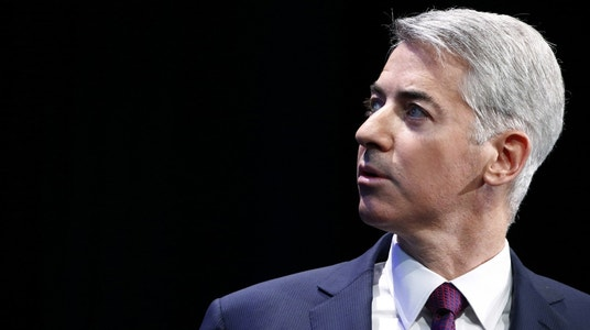 Ackman Apologizes for Valeant Losses, Calls Bet a Mistake