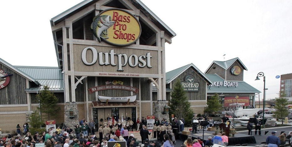 Credit card hurdle cleared in Bass Pro / Cabela's deal