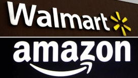 Wal-Mart to vendors: get off Amazon's cloud