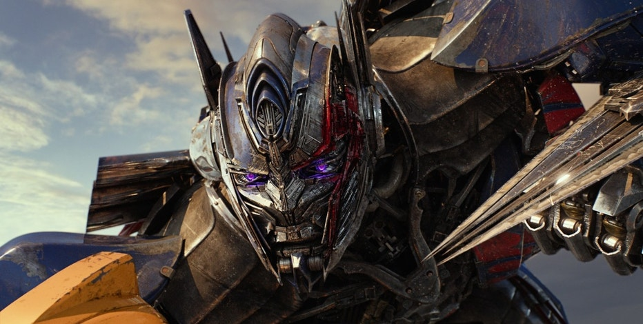 "This image released by Paramount Pictures shows Optimus Prime in a scene from, ""Transformers: The Last Knight."" (Paramount Pictures/Bay Films via AP)"
