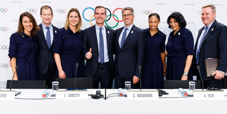 Los Angeles makes deal to host 2028 Olympics, reports claim